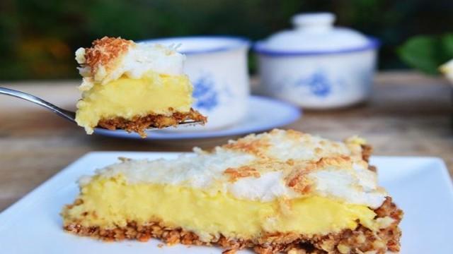 -пирог-рецепт-с-безе.jpg