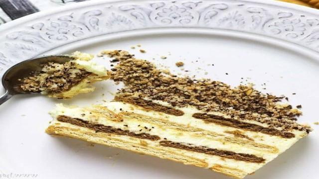 -торта-из-печенья-без-выпечки.jpg