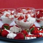 1328310981_desert_s_klubnikoj_mechta_2.jpg