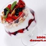 1333130557_yagody-s-tvorozhnym-kremom-i-yogurtovym-sousom.jpg