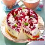 1370377588_tort-iz-chereshni-s-yogurtom.jpg