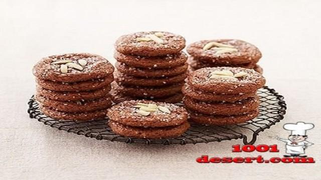 1389608579_shokoladnye-amaretti.jpg
